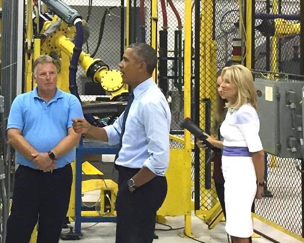 President Obama and Jill Biden at Macomb college